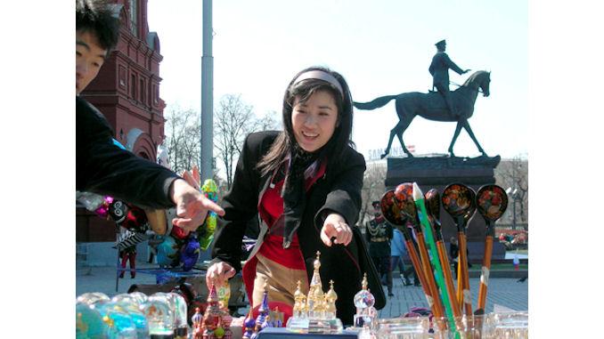 Les shopping-tours chinois au secours des marchands de luxe russes